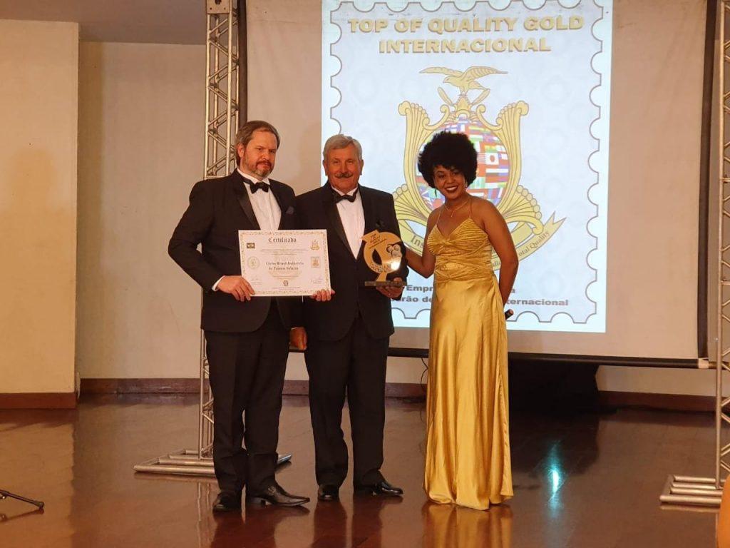 Diretor da Globo Brasil recebe o Prêmio Top Of Quality Gold Internacional 2019